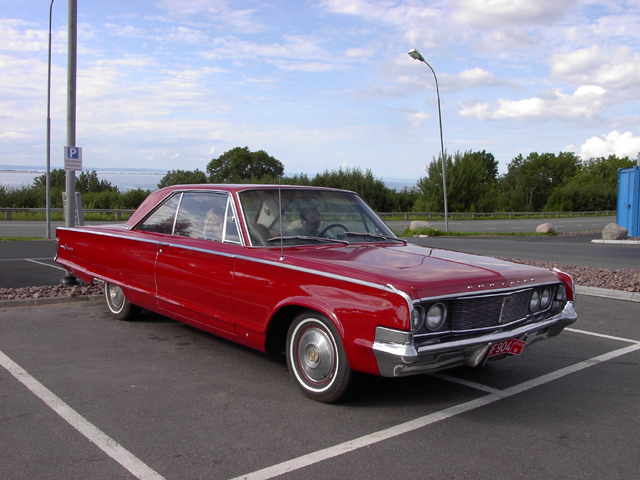 Chrysler Newport 1965 Red